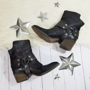 Donald J Pliner Dasha western boots black harness
